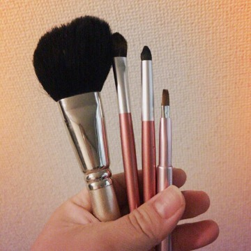 熊野筆に出会ってわかった!化粧筆を長く使うことのメリットとは | フリーライター00ai