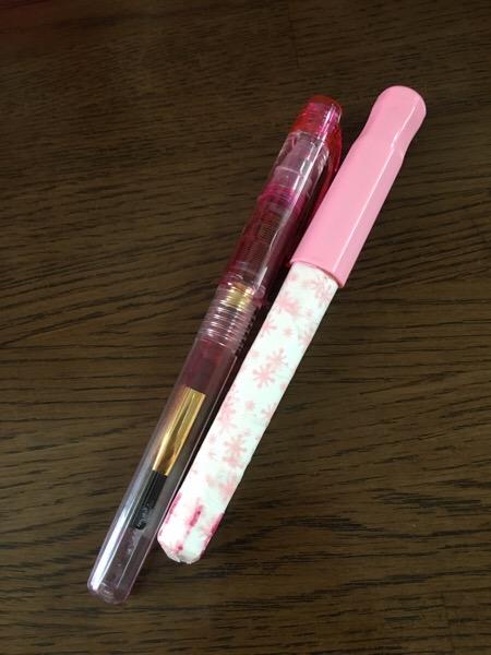 万年筆の色が変わる?同じインクを「カクノ」と「プレピー」に入れてみた | フリーライター00ai